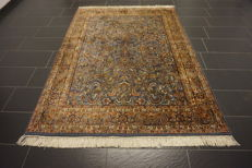 Oriental carpet Indo Tabriz 170 x 230 cm, Made in India at the end of the last century