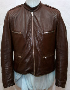 Very rare model (same as the one of flying ace, Erich Leie) leather jacket of a fighter pilot - flight jacket from the fighter squadron of the battle of Britain