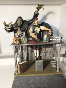 Mister Hyde and Dr. Jeckyl - Mezco Toyz LLC 2001 + Frankenstein and his decor