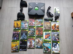 Microsoft Xbox with 18 games like Halo 2