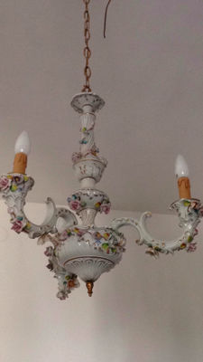 Three-light Capodimonte porcelain chandelier with gold trim, circa 1965