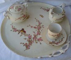 Charles Field Haviland, Limoges - Entirely hand painted and gilded porcelain