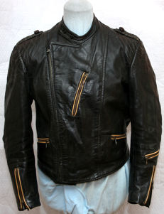 Vintage short motorcycle jacket made of thick leather - classic car/motorcycle leather jacket