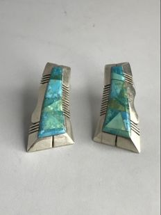 Navajo earrings with turquoise (sleeping beauty) - master Gilbert Nelson.