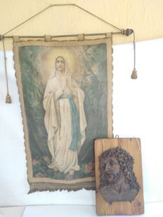 Antique banner with Our Lady of Lourdes painted in tempera on fabric, with brass rod, Italy + beautiful plaster and marble icon of Christ on fir wood