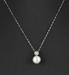 White gold, 750/1000 (18 kt) - Choker with pendant - Diamond, 0.20 ct - Pearl - Chain length: 42 cm