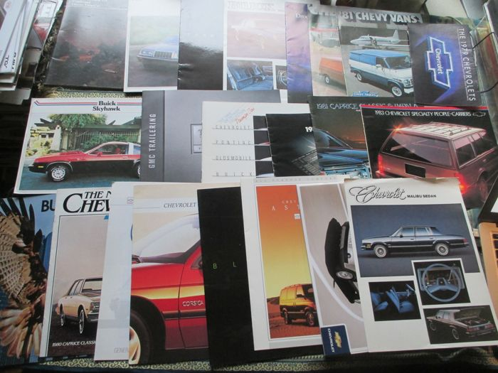 Car brochures (GM USA, 22x, 1979-1997)