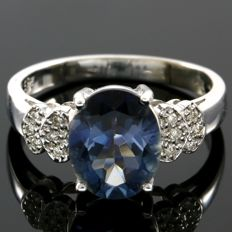 14 kt Yellow Gold 0.12 ct Diamonds & 2.35 ct Blue Topaz  Ring - Size: 7  ***No Reserve ***