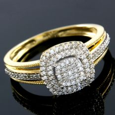 14 kt Yellow Gold 0.50 ct Diamond Ring  Size: 7 - ***No Reserve ***