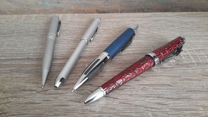 3x Cross Balpen en 1 Cross Multifunction pen - in een originele Cross verpakkingsdoos