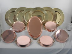 6 copper oven scales / sauce bowls / pans - 6 matching copper chargers - 1 oval fish pan
