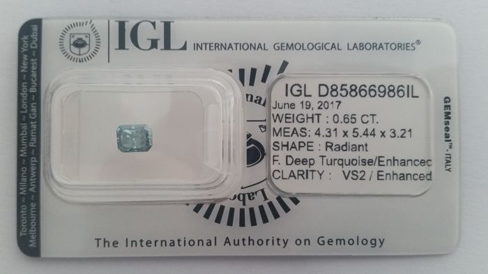 0.65ct  RADIANT  CUT VS2   FANCY Deep Turquoise  Diamond IGL LAB-NO RESERVE