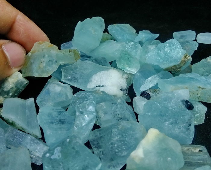 Top Quality Natural & Unheated Syk Blue Color Aquamarine Rough Crystal Lot- 36x26x19 mm - 374 gm