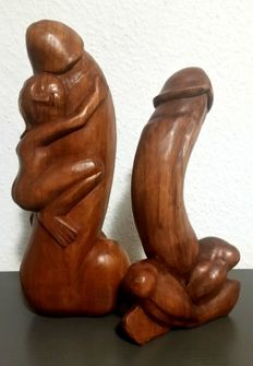 Sculpture; Lot with 2 wooden figures - 21 century