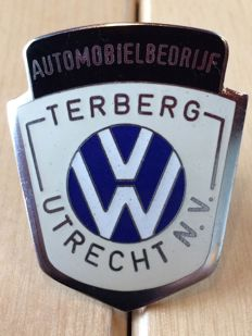 Emblem/badge Automotive Specialist and VW dealership Terberg Utrecht - 40 x 47 mm