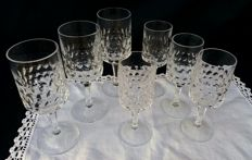 Lot of 7 glasses in marked chiselled ground crystal - France, ca. 1930s