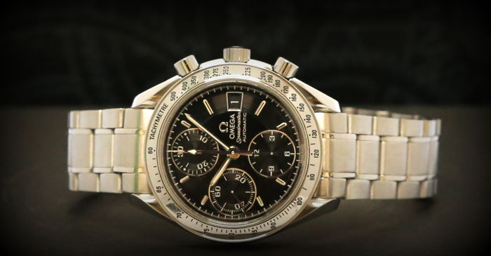 Omega Speedmaster Date Chronograph -- 39 mm -- top condition