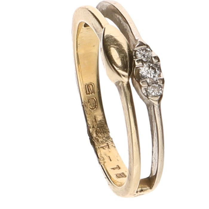 14 kt Bicolour ring set with 3 brilliant cut diamonds of in total approx. 0.06 ct - Ring size: 16.25 mm