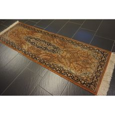 Wonderful handwoven Oriental carpet cashmere carpet Qom 200 x 65cm made in Kashmir