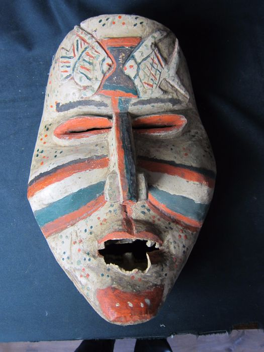 Antique polychrome mask - WOYO (Bacongo) - D.R. Congo