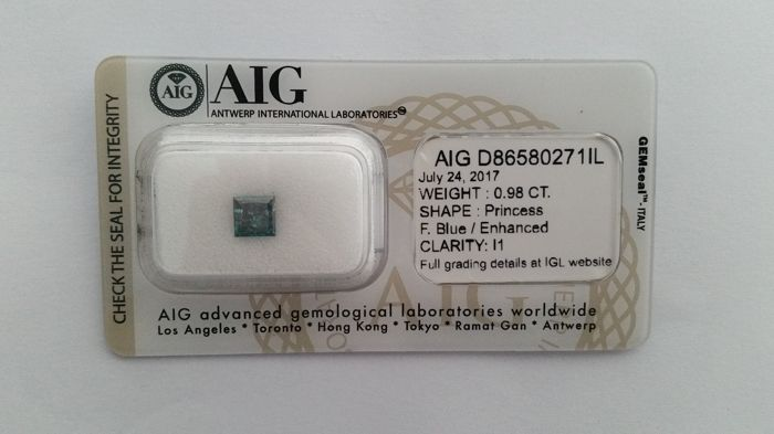 0.98ct PRINCESS  CUT   AIG FANCY   BLUE  Diamond  I1  -NO RESERVE