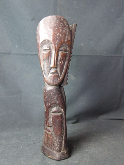 Large antique bone sculpture - LEGA - D.R. Congo