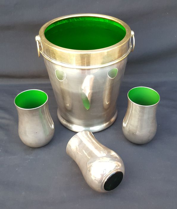 Lot of 4 green glass pieces, cased in silver - Ardecò - ca. 1920-1940