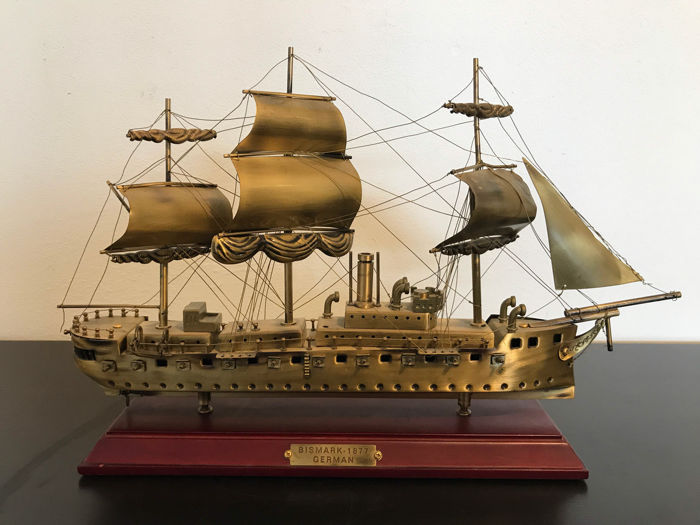 "High quality Navy ship ""Bismarck1877"" - fully made of brass - Measures: 38 x 37 x 9 cm."