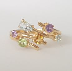 18 kt - Yellow gold ring with aquamarine, amethysts, peridot, topaz and citrine - Size: 17.5 mm, 15/55 (EU)