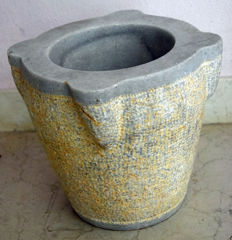 Mortar in white Piovene stone from the early1900s