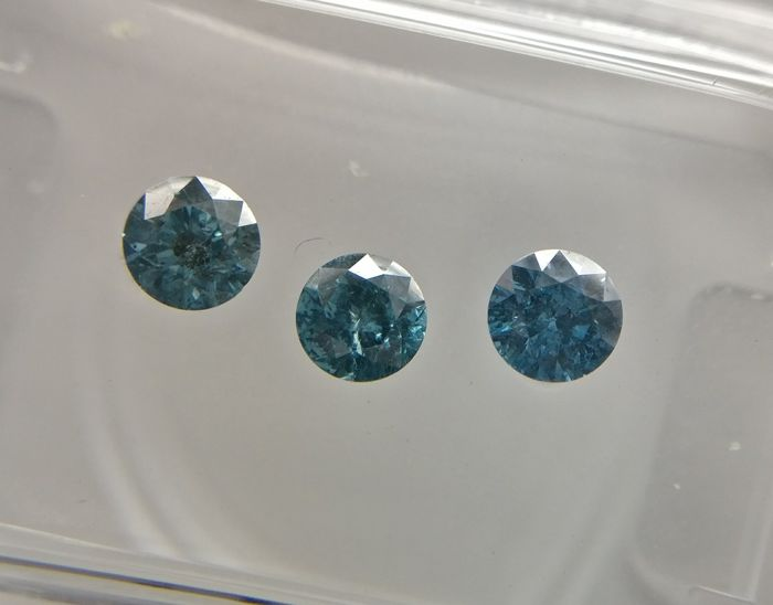 Lot of 3 Round cut diamonds total 0.50 ct Fancy Deep Blue to Greenish Blue SI2-I1