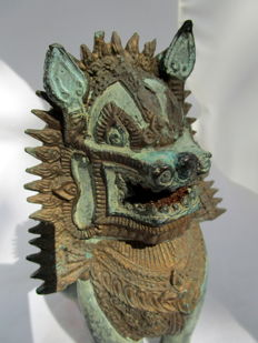 Bronze temple lion - Thailand - second half 20th century
