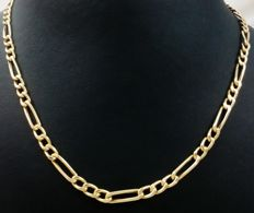 Mesh chain in 18 kt (750/1000) yellow gold - Length: 60 cm.