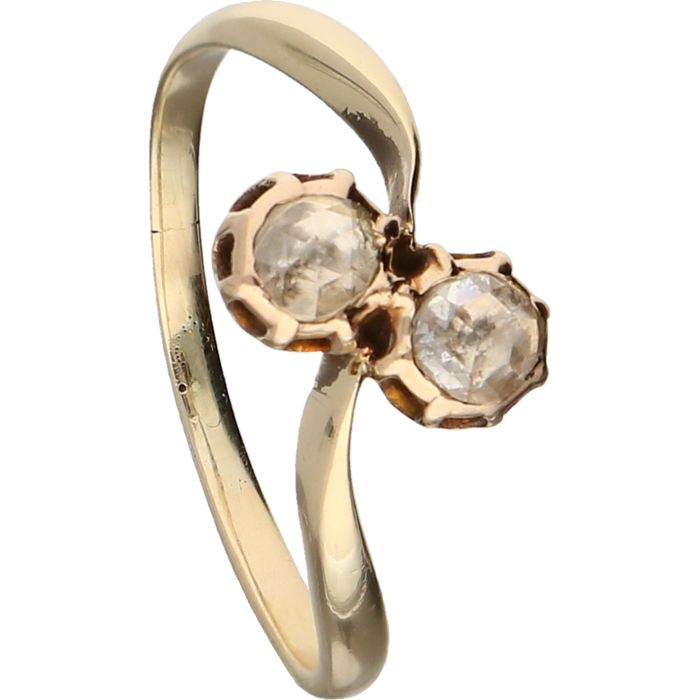 14 kt - Yellow gold wavy ring set with two rose cut diamonds - Ring size: 17.5 mm