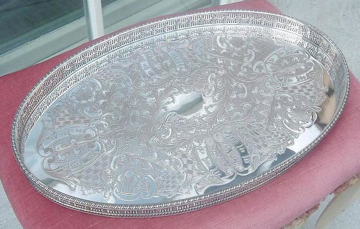 Large Oval Viners Tray