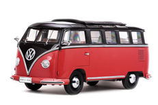 Sun Star - Scale 1/12 - VW T1 Samba bus - Red / Black - Limited Edition 1,500