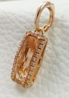 18 kt/750 Rose gold Italian Pendant with Morganite.  Weight: 4.70 g