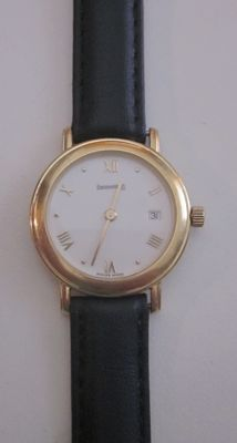 Eberhard & Co. Women's watch in 18 kt gold