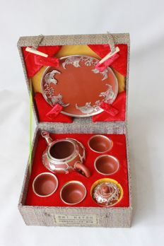 Yixing earthenware tea set with tin decoration (modern) - China - 1990s