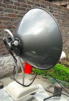 B&B - Table lamp,  fully metal and in perfect condition