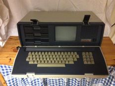 "Original ""Osborne II executive"" vintage portable computer - collectors item"