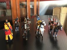 Altaya - Scale 1/32 - 59 knights from the middle age in lead, 2000s