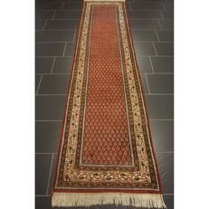 Magnificent hand-knotted oriental palace carpet, Sarouk Mir runner 310 x 80 cm, Made in India, top highland wool