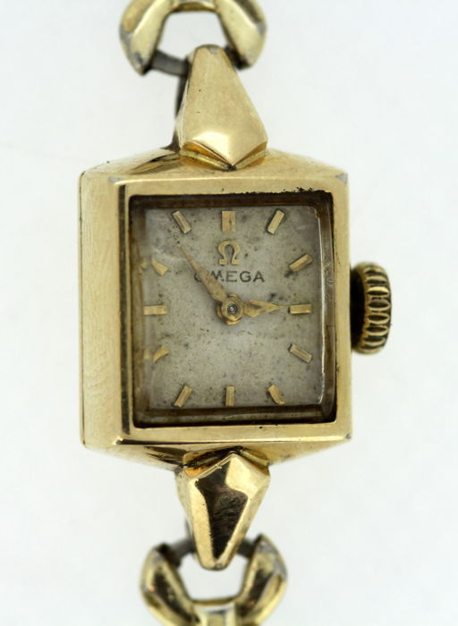 OMEGA - Antique Manual Winding Swiss Made Ladies Wristwatch Circa.1930's