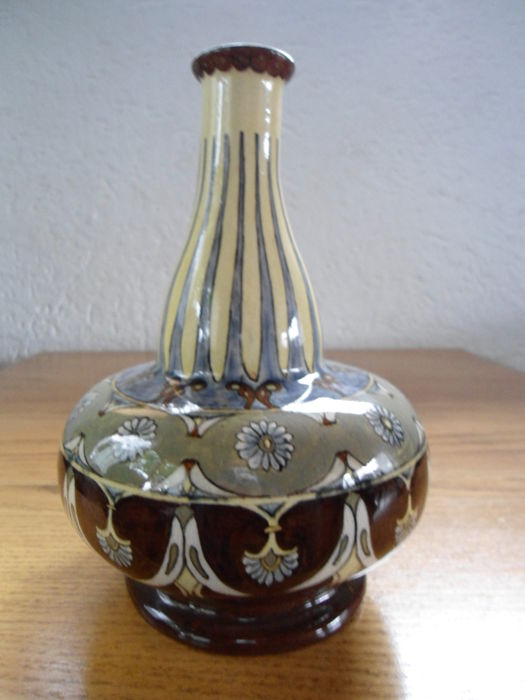 Fa. Wed. N.S.A. Brantjes & Co. Purmerend - Art Nouveau pottery ornamental vase with floral decor by Lambertus Huizinga.