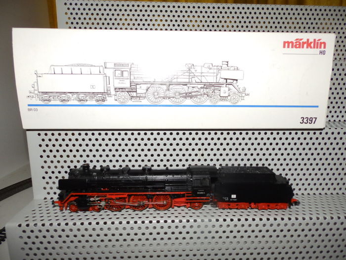 Märklin H0 - 3397 - Steam locomotive BR 03 of the DR, with smoke generator.
