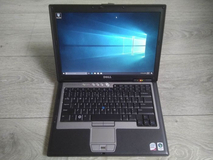 Dell D630 business notebook - Intel Core2Duo 2.2Ghz CPU, 4GB RAM, 80GB HDD, Windows 10 - NVIDIA Graphics & high-res screen