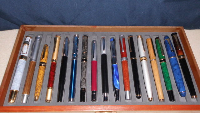 A set of 17 ink pens
