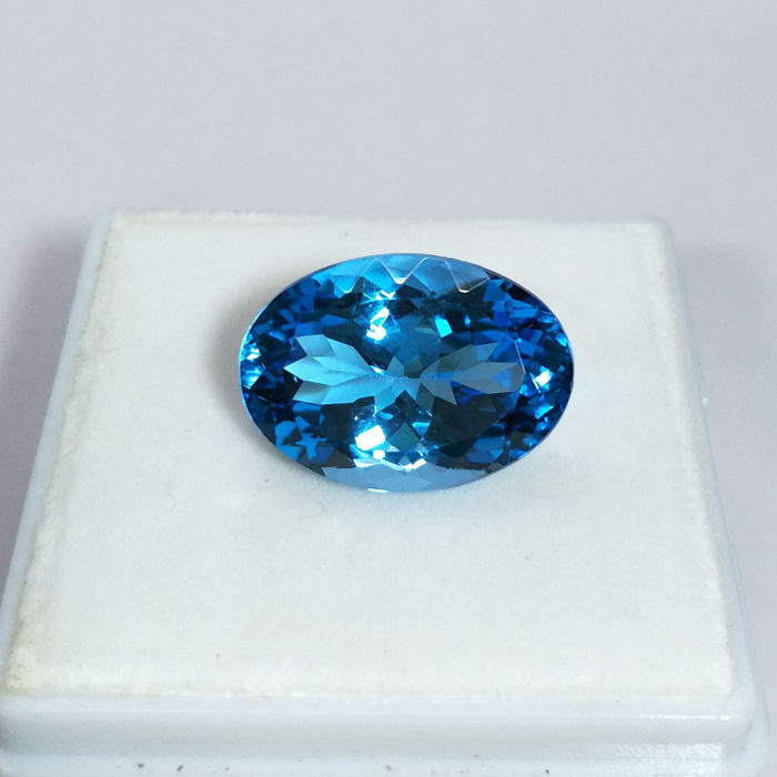 Swiss Blue Topaz - 17.29 ct