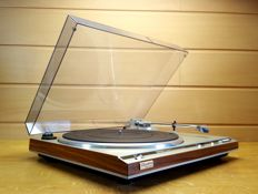 Technics SL-Q300 direct drive, fully automatic, quartz controlled!